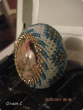 Пасхальные яйца из бисера фото 7