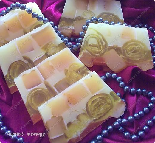 """мыло """"Молочно-медовое с облепихой"""" и с цветками жасмина.  фото 4"""