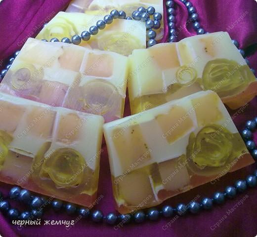 """мыло """"Молочно-медовое с облепихой"""" и с цветками жасмина.  фото 5"""