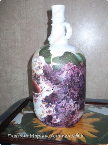 """Представляю вашему вниманию декор  бутылочек   Это моя первая, любимая  бутылочка в технике декупажа.""""Чайный жбан"""" Стоит у меня на кухне и радует всех своей красотой. фото 2"""