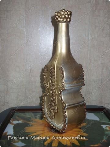 """Представляю вашему вниманию декор  бутылочек   Это моя первая, любимая  бутылочка в технике декупажа.""""Чайный жбан"""" Стоит у меня на кухне и радует всех своей красотой. фото 4"""
