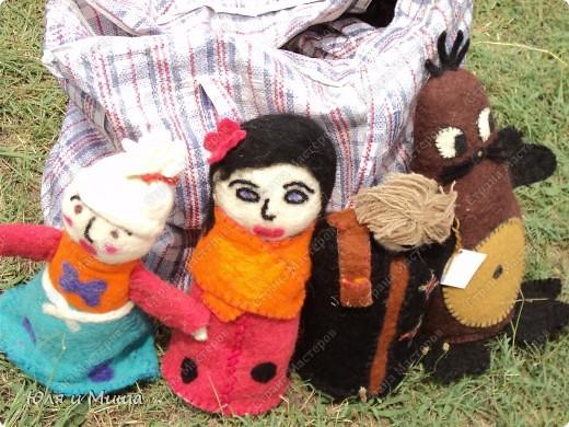 Куклы на фестивале пестреют национальными одеждами. Это хэвсури. фото 9
