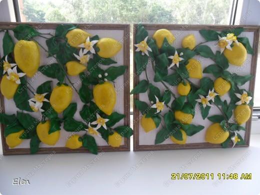 размер рамки 25x25 Фон фактурные обои,веточки березы покрашены зеленой акриловой краской фото 2