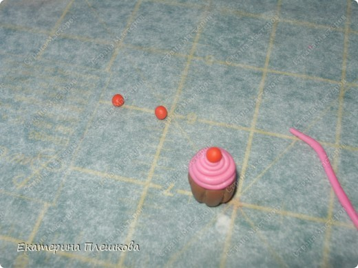 Вот такие незамысловатые серьги-пироженки у меня получились для племяшек.  фото 10
