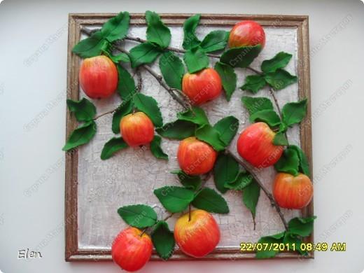 Большое спасибо Марине Архиповой за мк по яблочкам,очень боялась начинать расписывать ядлочки,думала ну точно не получатся,но так они мне нравились фото 2