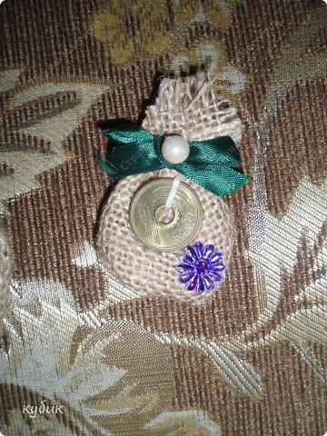 вот такие мешки и магнитики я делала в подарок родным и друзьям:))))) фото 6