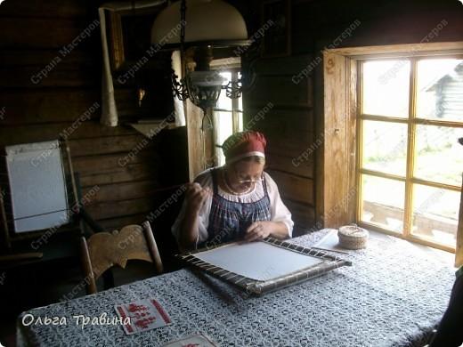 Продолжаю свой фоторепортаж о круизе, первую часть можно посмотреть здесь http://stranamasterov.ru/node/221503. Это Онежское озеро, добрались мы до о. Кижи, на котором располагается музей деревянного зодчества. фото 9