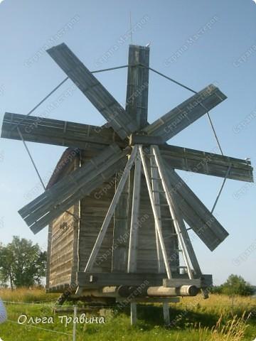 Продолжаю свой фоторепортаж о круизе, первую часть можно посмотреть здесь https://stranamasterov.ru/node/221503. Это Онежское озеро, добрались мы до о. Кижи, на котором располагается музей деревянного зодчества. фото 10