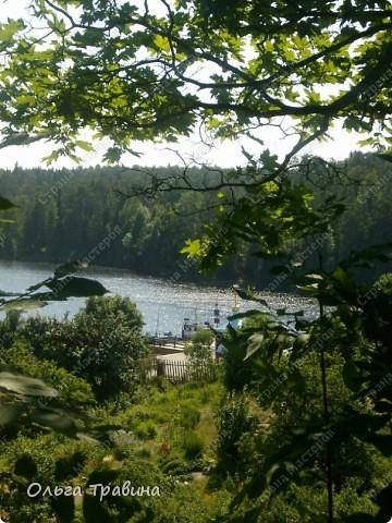 Продолжаю свой фоторепортаж о круизе, первую часть можно посмотреть здесь http://stranamasterov.ru/node/221503. Это Онежское озеро, добрались мы до о. Кижи, на котором располагается музей деревянного зодчества. фото 13