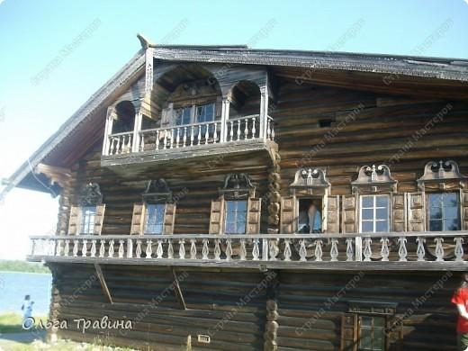 Продолжаю свой фоторепортаж о круизе, первую часть можно посмотреть здесь https://stranamasterov.ru/node/221503. Это Онежское озеро, добрались мы до о. Кижи, на котором располагается музей деревянного зодчества. фото 4