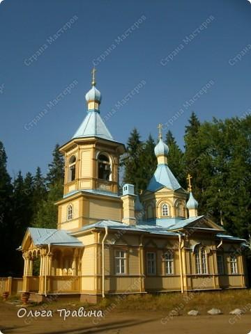 Продолжаю свой фоторепортаж о круизе, первую часть можно посмотреть здесь http://stranamasterov.ru/node/221503. Это Онежское озеро, добрались мы до о. Кижи, на котором располагается музей деревянного зодчества. фото 22