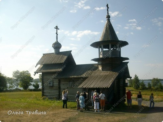 Продолжаю свой фоторепортаж о круизе, первую часть можно посмотреть здесь http://stranamasterov.ru/node/221503. Это Онежское озеро, добрались мы до о. Кижи, на котором располагается музей деревянного зодчества. фото 11