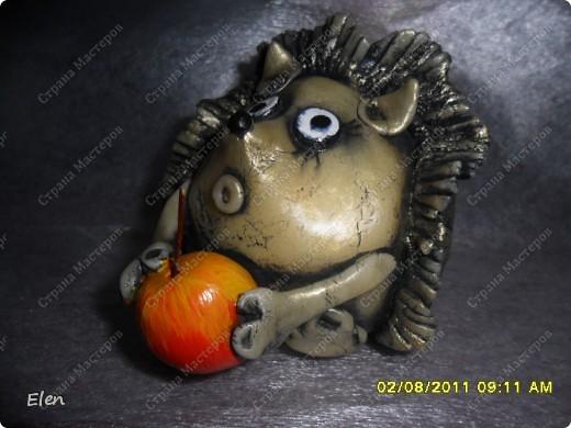 Соседка попросила сделать ежика и яблоки в одной картинке,яблочки остались от прежнеих картинок,а вот ежика сделала из хф фото 3