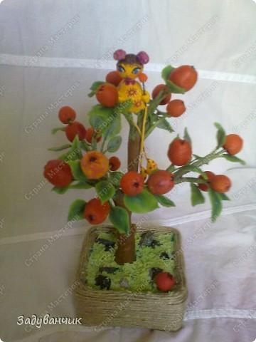 Вот и моё деревце из холодного фарфора. Огромное спасибо Светлане SVET1301 ( http://stranamasterov.ru/user/68349 ) за МК!   фото 5