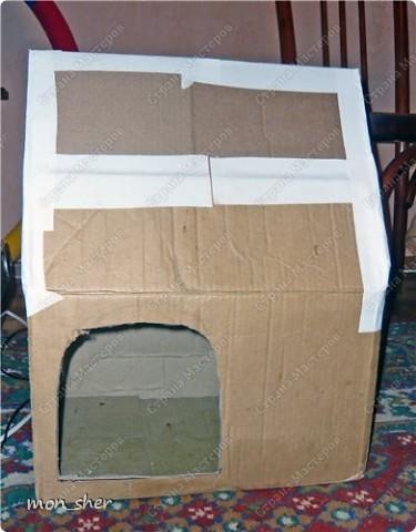 Стала замечать, что наш котик прячется спать в темные места, любит коробки. Пошли с мужем в магазин присмотреть домик, цены там нас сильно покусали))) В связи с чем было решено сделать самой. Главной задачей было, что бы внутри было темно. Вот такой домик мы будем делать! фото 5