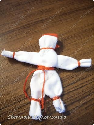 Мужских кукол в народном творчестве мало. Мужских - в том смысле, что изображался мужчина. Такие куклы назывались куклаками. фото 9
