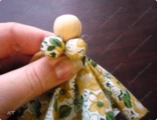 """Такую куклу - оберег """"Сударушка""""можно сделать вместе с детьми и очень быстро. фото 12"""