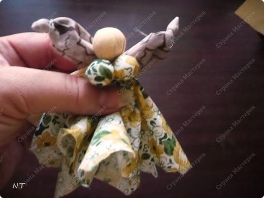 """Такую куклу - оберег """"Сударушка""""можно сделать вместе с детьми и очень быстро. фото 14"""