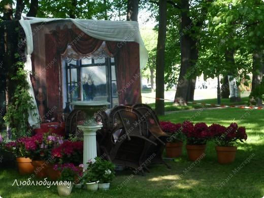 В Санкт- Петербурге в Михайловском саду ежегодно проводится фестиваль ландшафтного искусства. Хочу вам, дорогие мастерицы, показать, что мы там увидели в этом году. фото 9