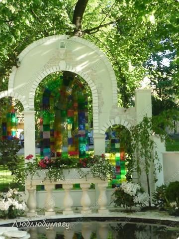 В Санкт- Петербурге в Михайловском саду ежегодно проводится фестиваль ландшафтного искусства. Хочу вам, дорогие мастерицы, показать, что мы там увидели в этом году. фото 3
