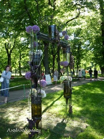 В Санкт- Петербурге в Михайловском саду ежегодно проводится фестиваль ландшафтного искусства. Хочу вам, дорогие мастерицы, показать, что мы там увидели в этом году. фото 34