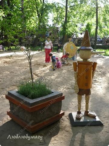 В Санкт- Петербурге в Михайловском саду ежегодно проводится фестиваль ландшафтного искусства. Хочу вам, дорогие мастерицы, показать, что мы там увидели в этом году. фото 33