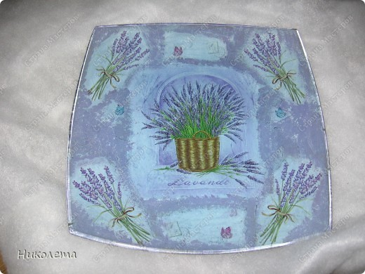 Первая тарелочка с первым обратным декупажем фото 2