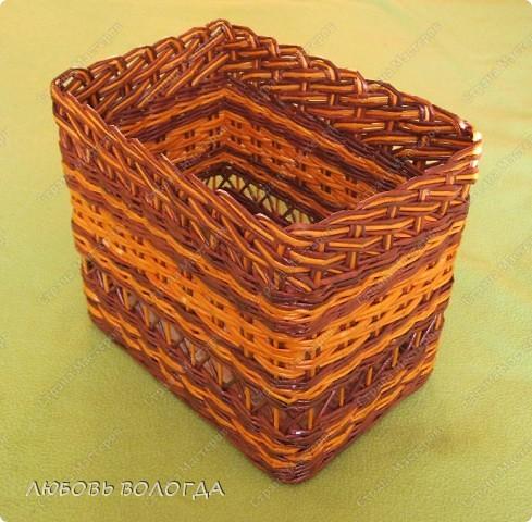 """Эта коробочка сплетена для себя. Плелась """"набегами"""", откладывалась из-за наплыва более срочных дел, но вот и этот долгострой занял свое место на полочке. фото 1"""
