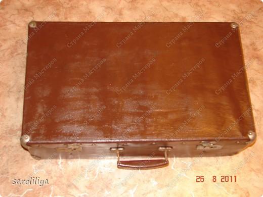 Вот такой чемодан у меня получился, а как я его оформила описываю ниже: фото 3