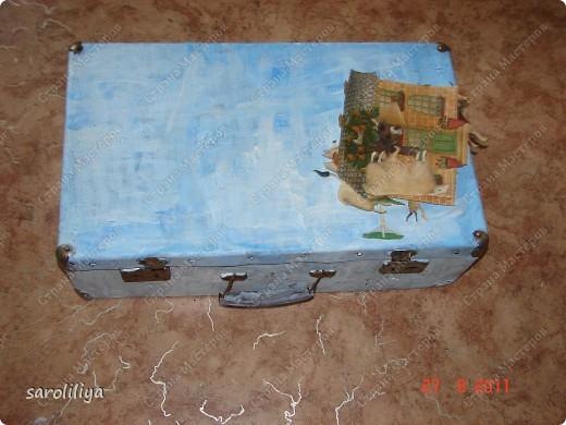 Вот такой чемодан у меня получился, а как я его оформила описываю ниже: фото 4
