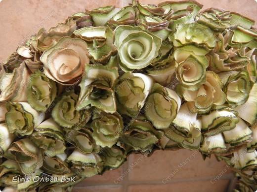 """Это крупным планом """"деревянные розочки"""". Увидела их в интернете http://marrietta.ru/post173717111/ и влюбилась с первого раза... Естественно не претендую на ПЕРВООТКРЫВАТЕЛЬСТВО, но решила выложить фото и комментарии к ним. фото 1"""