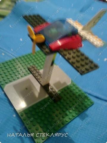 Игрушка Моделирование конструирование Поделки без схем из нескольких лего фото 1.