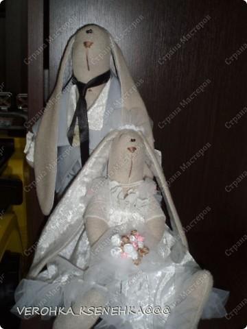 Ну, вот и снова зайки. Эти зайки были сшиты на заказ к 1й годовщине свадьбы. фото 2