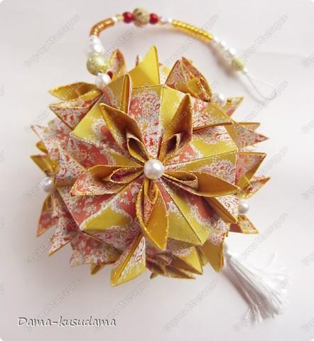 Автор: Tanya Vysochina, Модель: Kiss of Sakura Идею взяла тут http://stranamasterov.ru/node/212506?c=favorite Квадратики на модули 7,5х7,5 фото 2