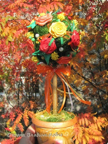 Всем ))) желаю тёплой и красочной осени! Вот какое деревце у меня сотворилось, светится всеми красками осени ))) мне кажется очень тяжело увидеть на фото мое дерево ))) фото 2