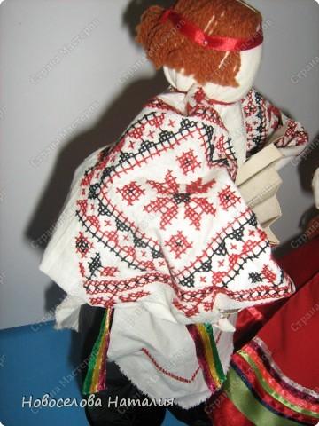 Этих кукол я выполняла вместе дочерью Анастасией. Мы попытались в этой работе воплотить народный костюм новооскольского района. фото 2