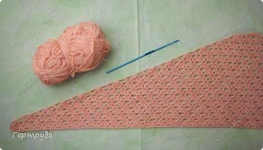 Впервые узнала о таком замечательном шарфике-платочке и он оказался как нельзя кстати, к холодам. Долго прикидывала схемы вязания, вязала образцы и остановилась вот на таком рисунке. фото 15