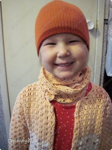 Впервые узнала о таком замечательном шарфике-платочке и он оказался как нельзя кстати, к холодам. Долго прикидывала схемы вязания, вязала образцы и остановилась вот на таком рисунке. фото 17