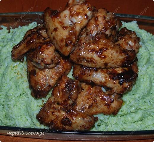 Зеленый рис с куриными крылышками фото 9