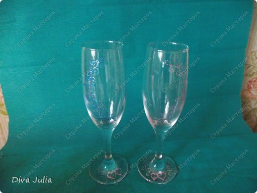 Второй свадебный набор (бутылки, бокалы, подушечка, свечи, альбом, рамка) фото 5