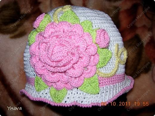 Увидела в журнале эту шапочку и влюбилась!! Связалась она за 2 дня.  фото 1