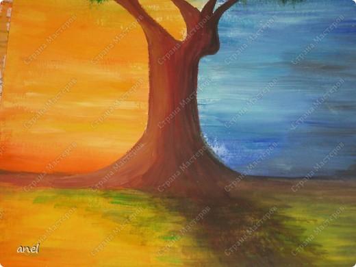 Рисовальщик из меня конечно ещё тот,но уж очень понравилось дерево http://stranamasterov.ru/node/249257?c=favorite  вот и нарисовала для себя что то похожее.Не рисовала со школы,а недавно надо было в школу плакат,так вот это второй рисунок , лет 20 кисточку в руки не брала. фото 3