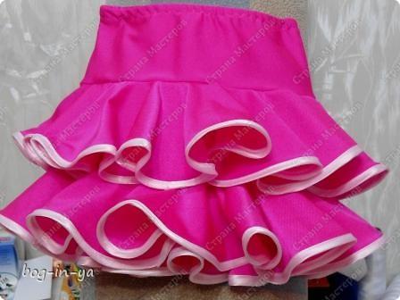 """Вот несколько платьев для танцев  латиноамериканской программы. Это платье немного украшено канзаши, по юбке бахрома( """"лапша"""" - так ее танцоры называют) фото 8"""