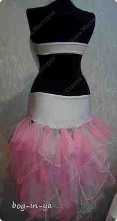 """Вот несколько платьев для танцев  латиноамериканской программы. Это платье немного украшено канзаши, по юбке бахрома( """"лапша"""" - так ее танцоры называют) фото 4"""