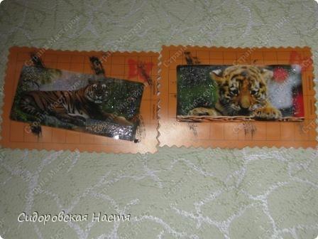 Основа для карточек сделана из талонов  первой помощи. Карточки почти ничем не украшены, сбоку штампик в виде бабочки. Первая выбирает Дарёнка, если понравится. фото 4