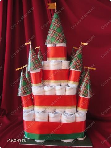Подарок на крестины для девочки. Ушло 60 подгузников. Высота без упаковки около 60 см. фото 1