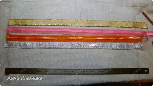Красивые упаковочные бантики своими руками будут отличным дополнением к вашему подарку. И не нужно идти в магазин) фото 21