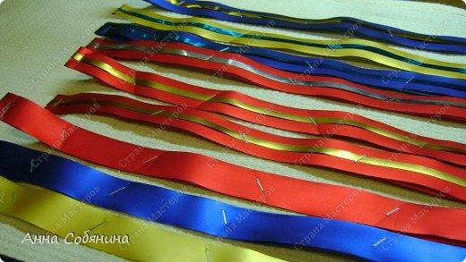 Красивые упаковочные бантики своими руками будут отличным дополнением к вашему подарку. И не нужно идти в магазин) фото 22