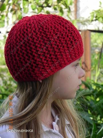Листая фотографии  со своими работами, вспомнила, что не показывала еще одну шапочку для любимой доченьки. Шапочка называется Aura известного дизайнера одежды из Англии Kim Hargreaves  фото 3