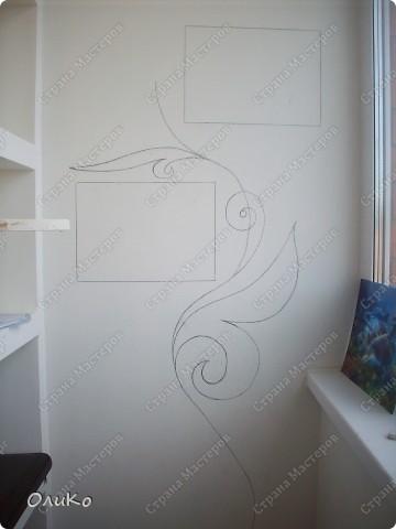 Неделю назад нашла в магазине вот такие картинки - формат А4.... Эффект двух картин, т.е. смотришь под одним углом - плывет черепаха, под другим углом - семья дельфинов.... Мне так они понравились, что я решила задекорировать одну из стен на балконе фото 6